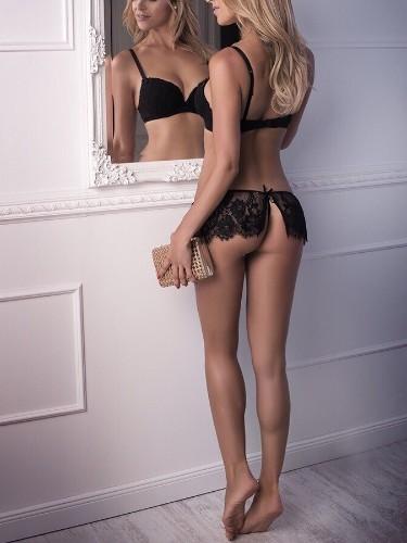 Sex ad by escort Loreen (24) in Prague - Photo: 2