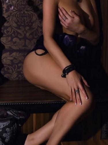 Sex ad by MILF escort SimoneDeluxe (41) in Bratislava - Photo: 3