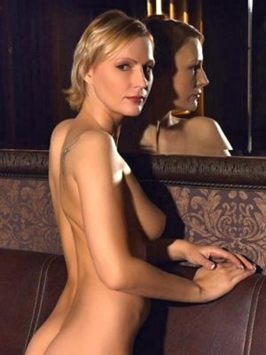 Sex ad by MILF escort SimoneDeluxe (41) in Bratislava - Photo: 1