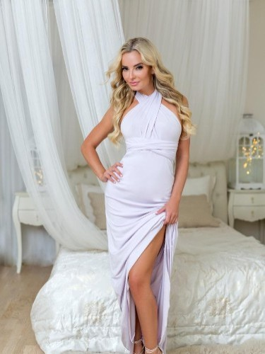 Elisabeth escort in Prague - Photo: 3
