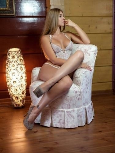Agata escort in Prague - Photo: 4