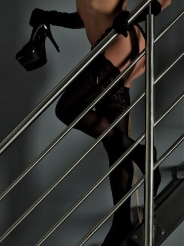 Sex ad by kinky MILF escort Viki Moon (32) in Prague - Photo: 5