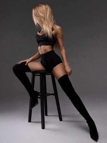 Nataly escort in Prague - Photo: 5