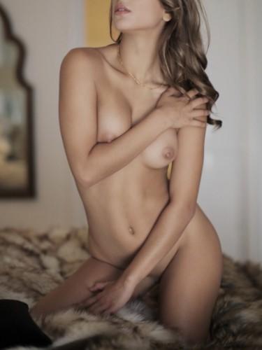 Sex ad by escort Clare (22) in Prague - Photo: 4