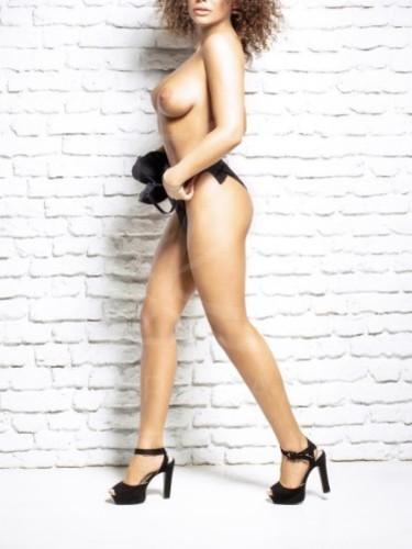 Sex ad by escort Kamilla (23) in Prague - Photo: 5