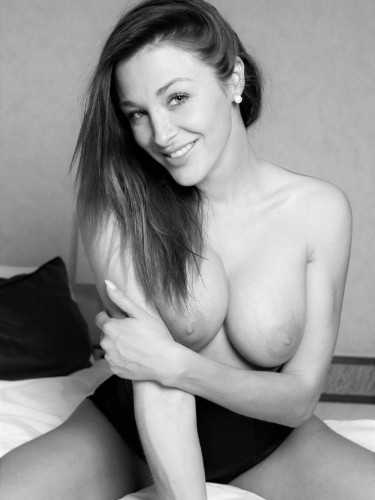 Lia escort in Prague - Photo: 4