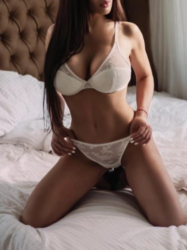 Adriana escort in Prague - Photo: 5