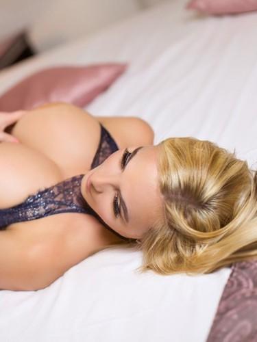 Sex ad by escort Donatella (29) in Prague - Photo: 3